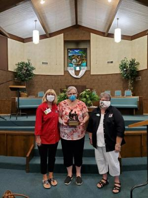 Pictured at First Baptist Church, Rosebud from Left to Right, Cathy Barth, Mid-Texas Area Logistics Coordinator, Receiving the award, Linda Thrasher, Drop-off Coordinator, First Baptist Church, Rosebud, Tx., Cathy Scribner, Mid-Texas Area Coordinator