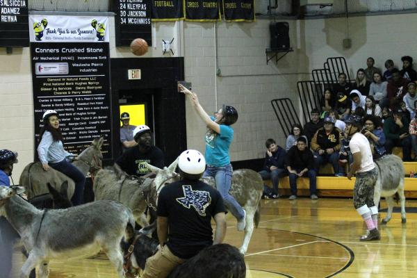 Clara Coker plays Donkey Basket at Rosebud-Lott I.S.D.