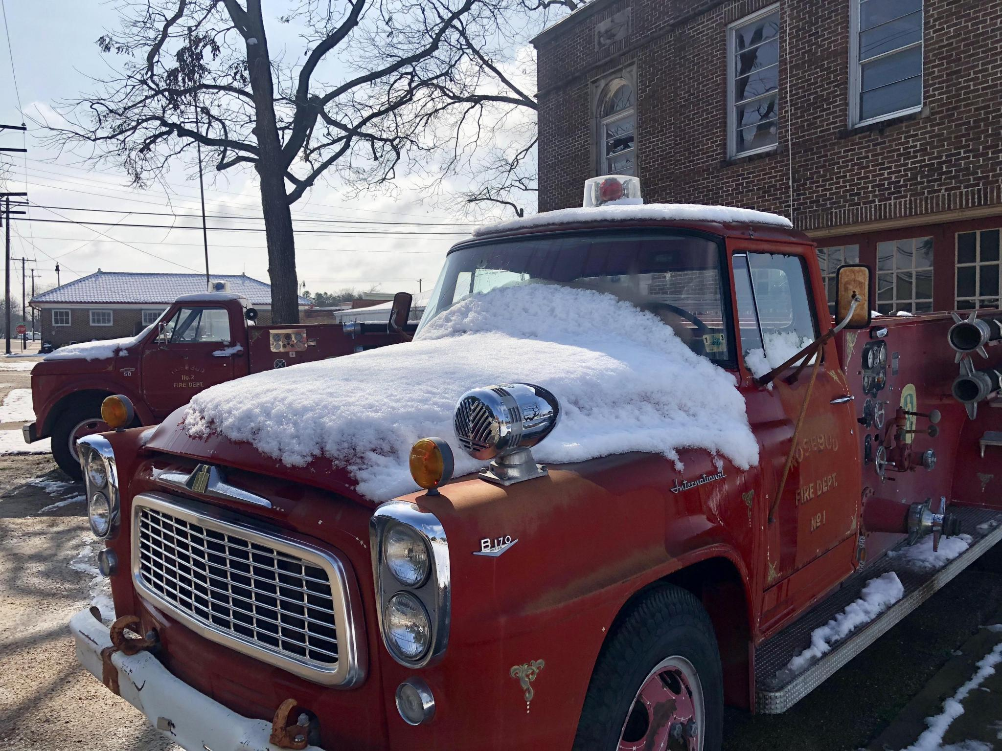 Photos by Mark PelzelThe Rosebud community and much of Falls County was blanketed with snow on Sunday when a winter storm moved through the area. Parts of the area saw up to six inches ofthe white stuff, ararity in Texas.